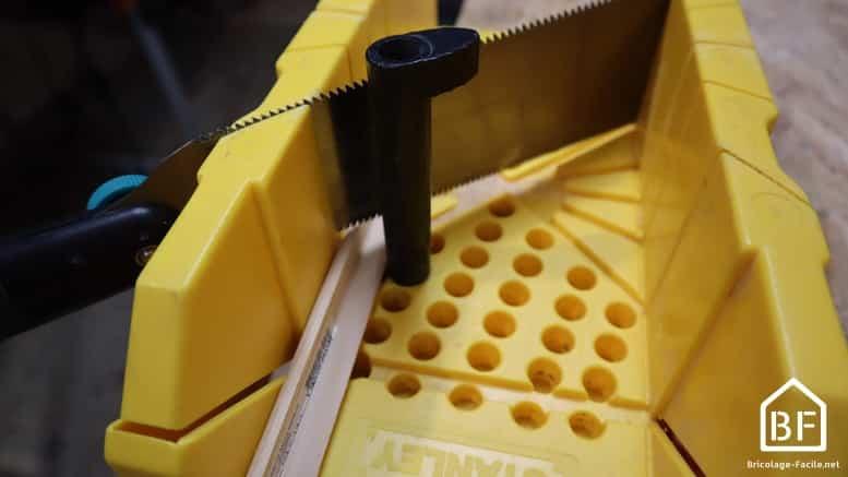 Baguette D Angle Comment La Couper La Coller Bricolage Facile