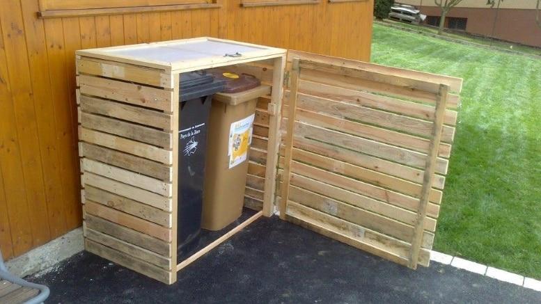 cache poubelles en palettes bricolage facile. Black Bedroom Furniture Sets. Home Design Ideas