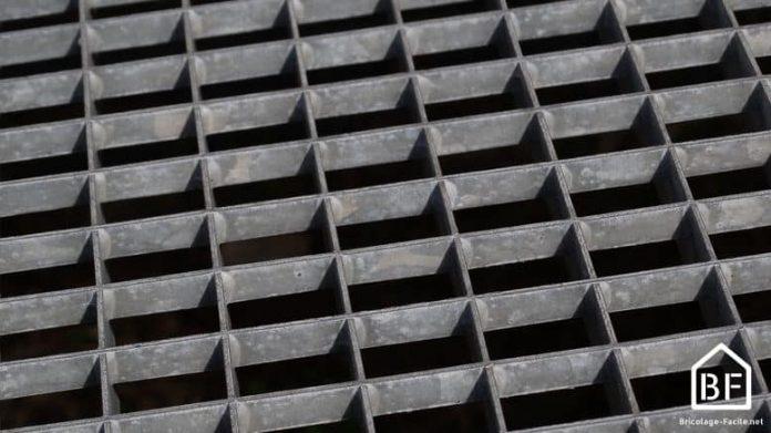 Caillebotis métallique