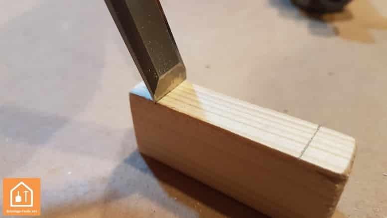 Ciseau à bois - se servir du ciseau
