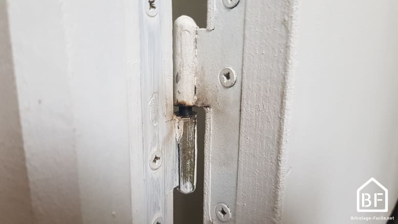 gonds d'une porte