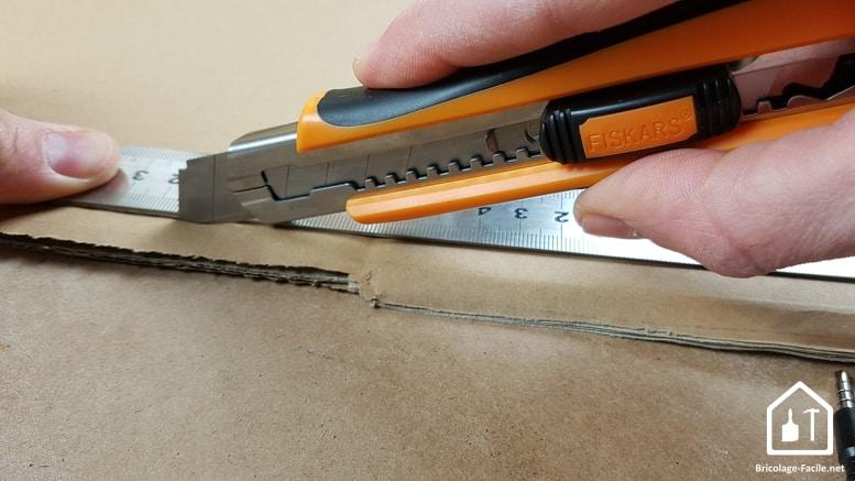 Cutter Fiskars - le cutter en action