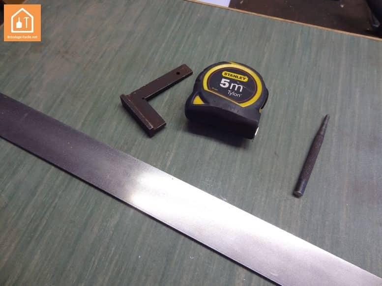 Réaliser des équerres en métal
