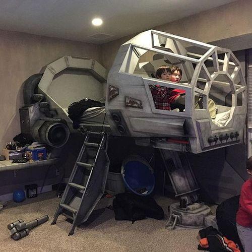 Déco Star Wars lit version Faucon Millénium