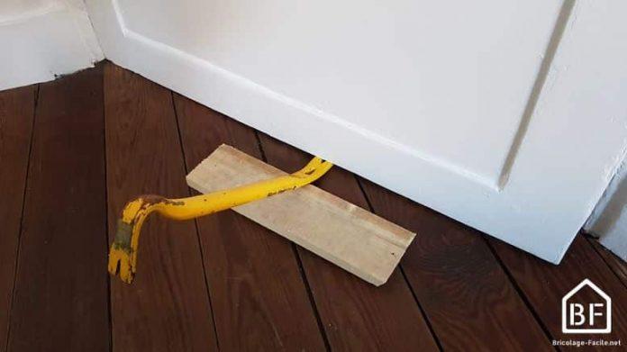 Comment d gonder une porte bricolage facile - Comment reboucher une porte ...