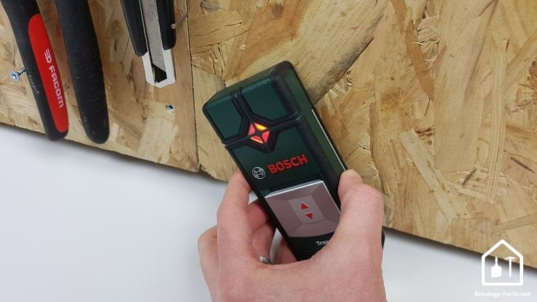 détecteur Truvo de Bosch - voyant rouge, détection de métal