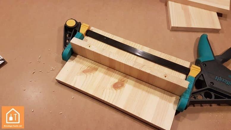 Fabriquer un marche pied en bois - trous