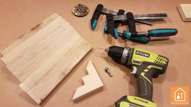 fabriquer un rangement pour ballons en palette - les planches de bois de palettes