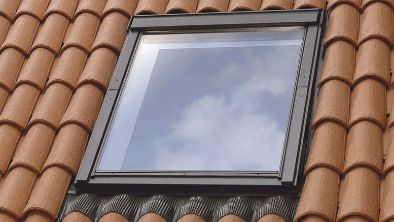 Velux bricolage facile for Fenetre velux