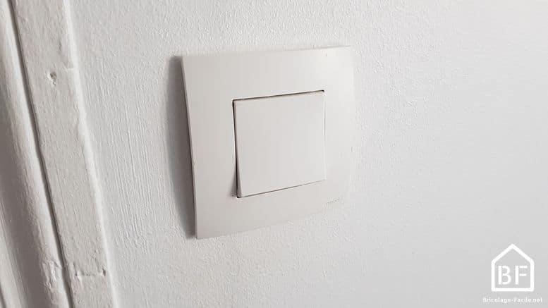 Branchement d 39 un interrupteur simple sch ma lec for Changer un interrupteur mural