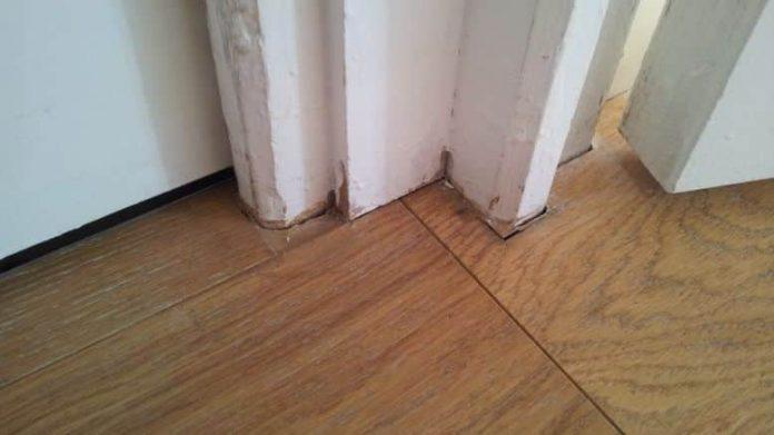joint acrylique couleur bois
