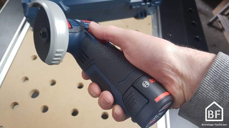 prise en main de la Bosch GWS 12V-76 Professional