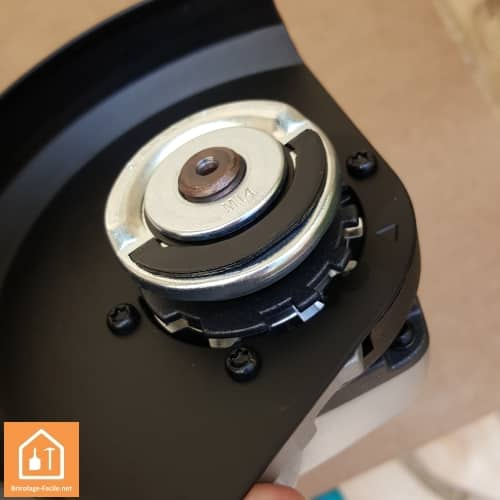 test meuleuse sans fil aeg 18v bews18 125 bricolage facile. Black Bedroom Furniture Sets. Home Design Ideas