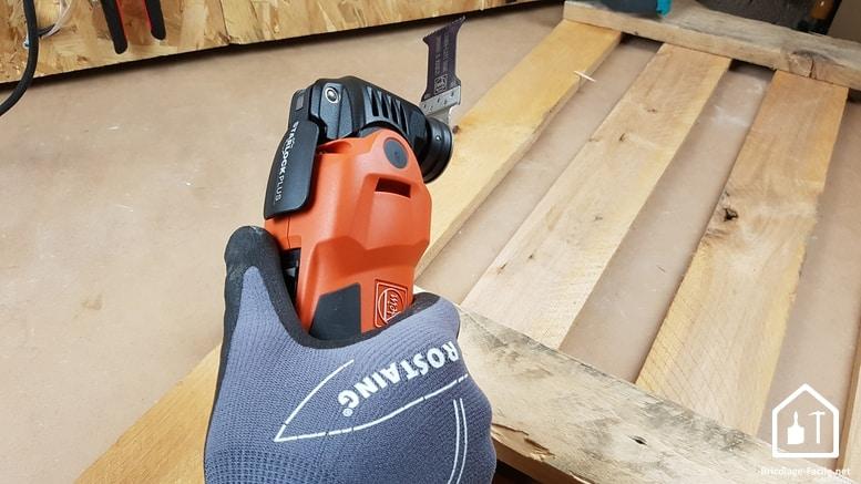 MultiMaster FMM 350 Q de FEIN - prise en main avec des gants