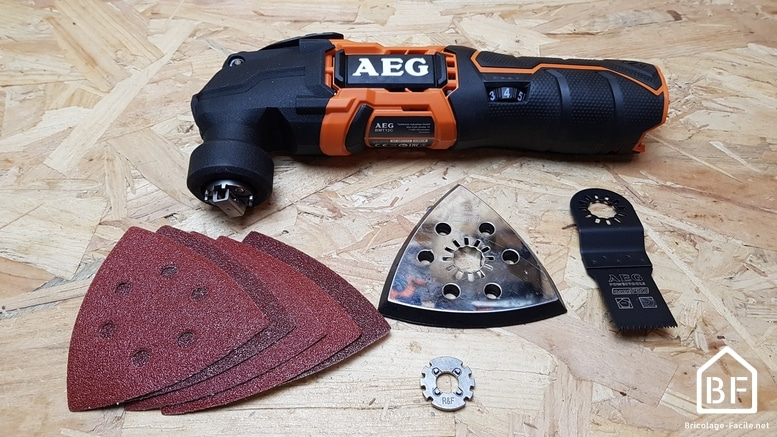 outil multifonction AEG BMT12C 12V et ses accessoires