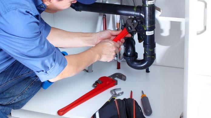 outils de plombiers