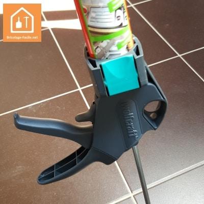 Outils pour refaire un joint silicone