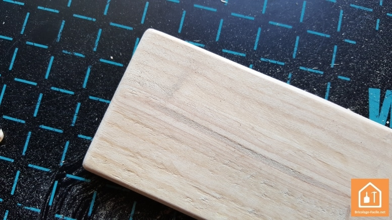 Patère en bois de palettes