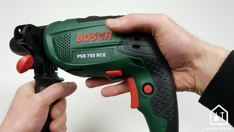 Perceuse à percussion PSB 750 RCE de Bosch - seconde position
