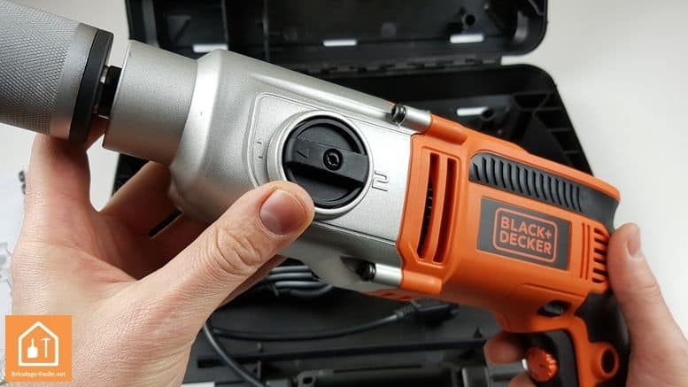 perceuse à percussion 1110W de Black+Decker - les 2 vitesses