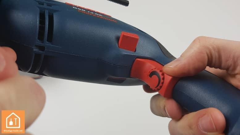 Perceuse à percussion GSB 13 RE de Bosch Professional - gâchette réglage de la vitesse