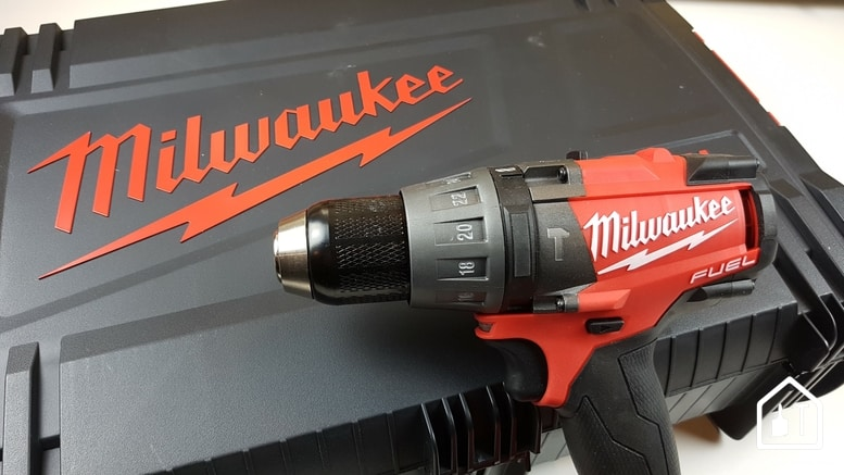 perceuse à percussion M18 FDD de Milwaukee