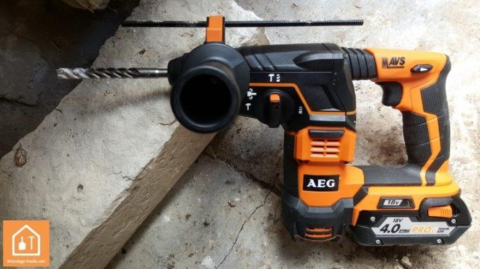 perforateur sans fil BBH18 AEG
