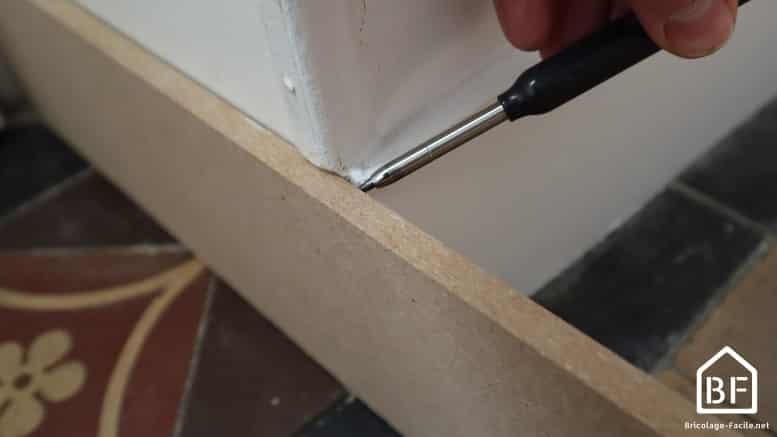 mesure de la longueur de la plinthe