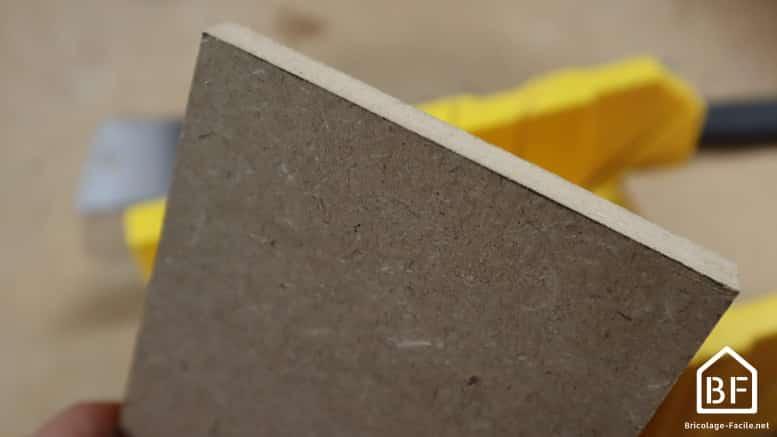 plinthe en bois découpée
