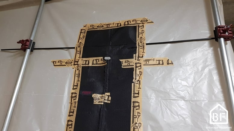 porte magnétique Piher scotchée