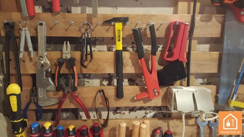 Fabriquer un porte outils mural avec une palette - Fabriquer un porte outils mural ...