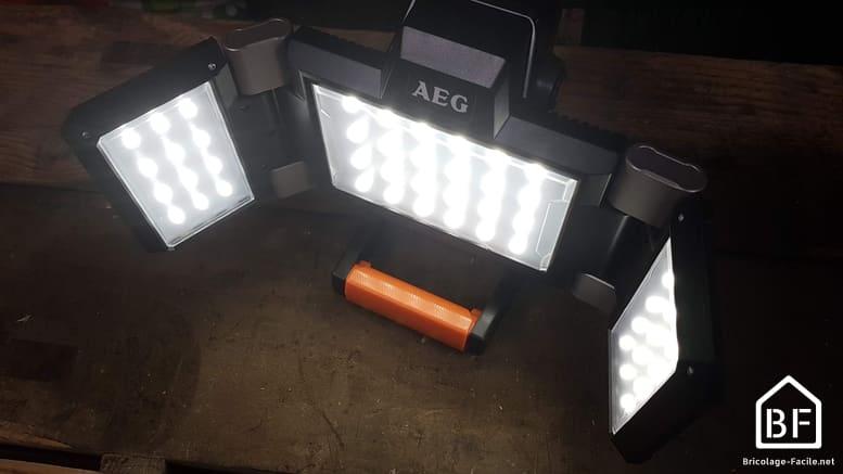 éclairage d'un projecteur