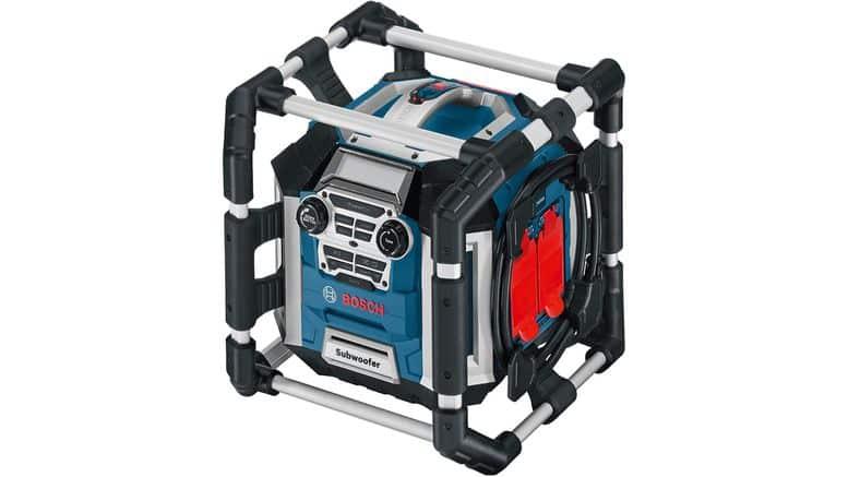 radio Bosch PRoessional GML50 sur fond blanc
