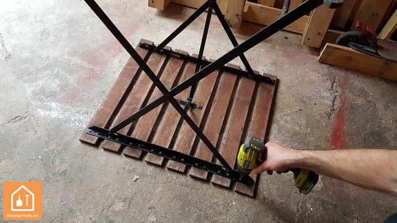 Rénovation d'une table de jardin IKEA - démontage