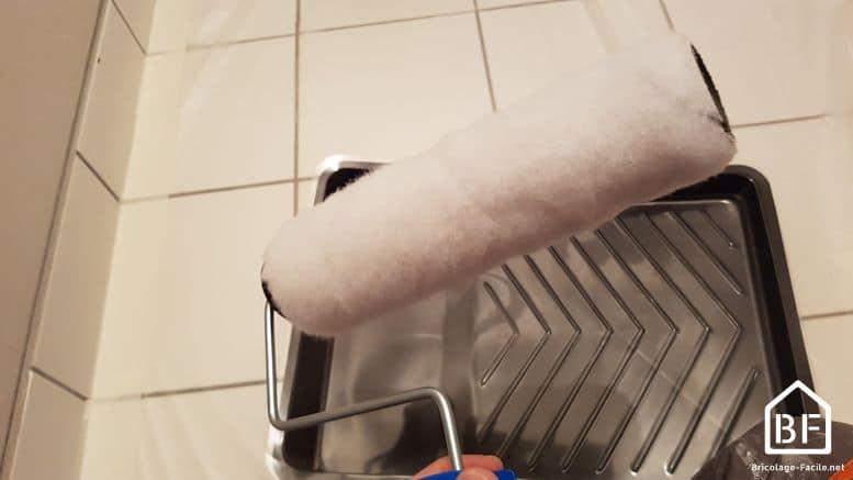 Astuce peinture pr parer un rouleau neuf bricolage facile - Comment nettoyer rouleau peinture ...