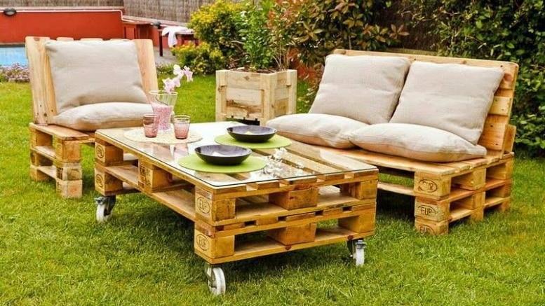 Idées déco : des salons de jardin en bois de palettes - Bricolage Facile