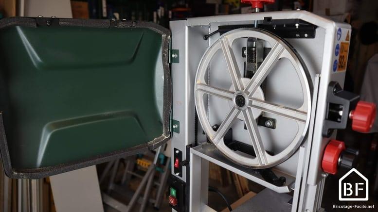 roue d'une scie à ruban