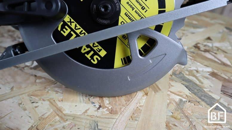 scie circulaire stanley fme301k -capot de protection