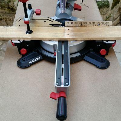 Scie onglet radiale metabo kgs 216 m test et avis - Boite a onglet pour plinthe ...