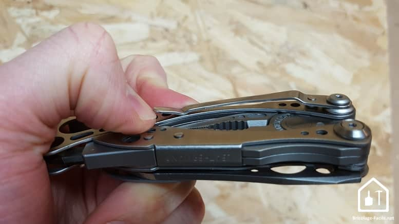 Skeletool de Leatherman - le clip ceinture