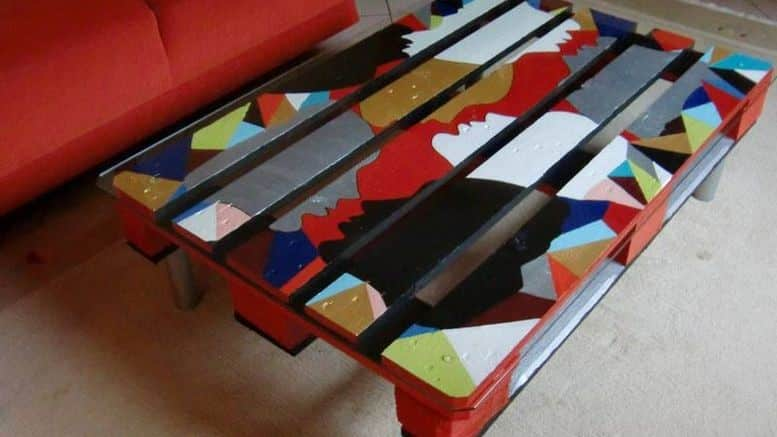 table basse en palette tuto diy bricolage facile. Black Bedroom Furniture Sets. Home Design Ideas