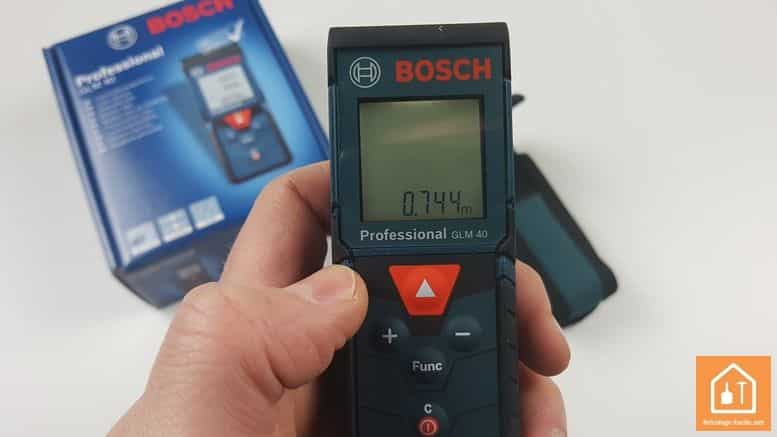 Télémètre laser GLM 40 de Bosch Professional - mesure instantanée
