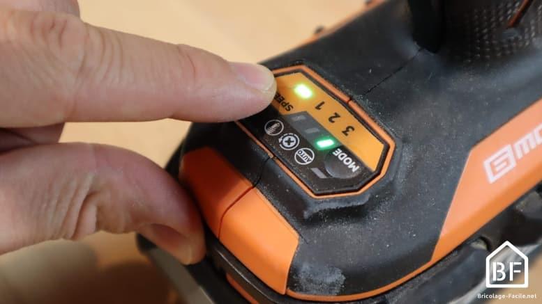 Réglage de la vitesse de la visseuse à choc AEG BSS 18B6