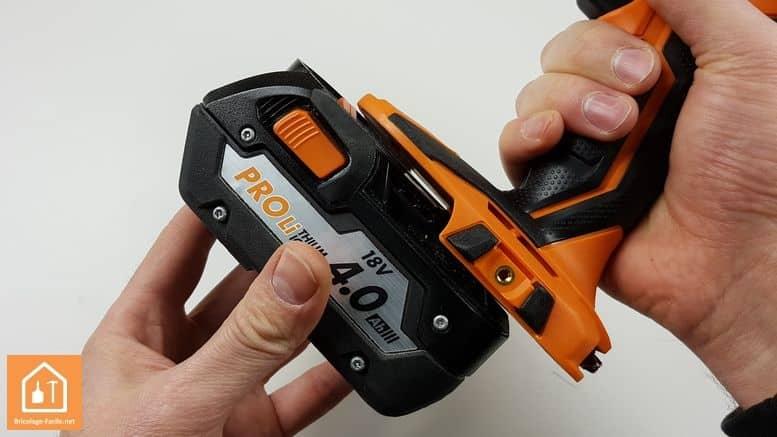 Visseuse à chocs sans fil BSS 180P de AEG - Batterie