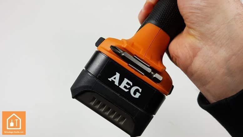 Visseuse à chocs sans fil BSS 180P de AEG - embout PH2