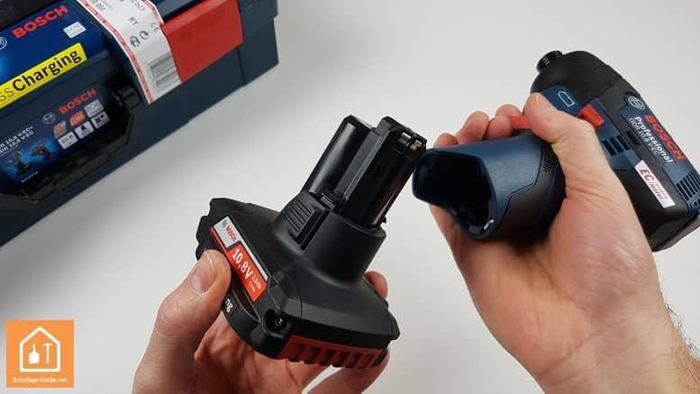 visseuse à chocs GDR 10,8 V-EC de Bosch Professional - batterie amovible